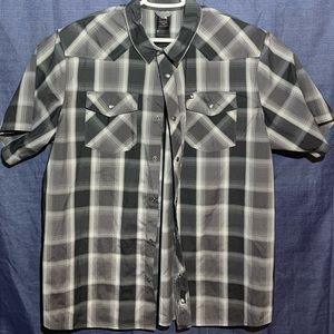 The NorthFace button down short sleeve